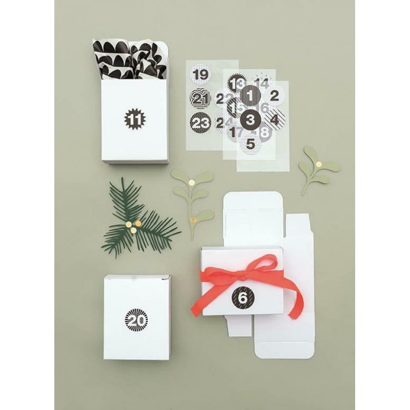 bo tes calendrier de l 39 avent 39 rico design paper poetry 39 blanc qt 24 la fourmi creative. Black Bedroom Furniture Sets. Home Design Ideas