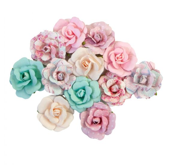 12 Fleurs 'Prima - With Love' Lovely Bouquet